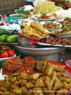 Find out WHAT THE LOCALS EAT BEFORE YOU TRAVEL See what food is eaten in MYANMAR such as this street foods. Find information at http://www.allaboutcuisines.com/local-food/burma . | #TravelBurma | #Burmesefood | #BurmeseRecipes
