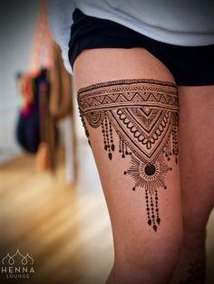 Awesome mehndi design for leg henna хна, мехенди, эскизы тат Mehndi Tattoo, Henna Tattoo Designs, Henna Tattoos, Mehndi Designs, Henna Tattoo Muster, Tattoos Motive, Legs Mehndi Design, Bridal Henna Designs, Back Tattoos
