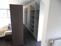 Doe het zelf schuurdeuren and bouw on pinterest - Dressing slaapkamer ...