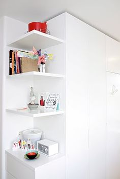 corner shelving - good for a small apt!