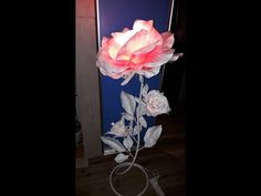 Алина Шкабарина - YouTube Paper Flowers Craft, Flower Crafts, Big Flowers, Event Planning, Paper Art, Bouquet, Table Lamp, Party, Handmade