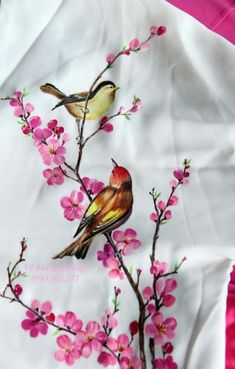 Painting fabric art beautiful 30 Ideas for can find Fabric painting and more on our website.Painting fabric art beautiful 30 Ideas for 2019 Fabric Paint Shirt, Fabric Painting On Clothes, Paint Shirts, Painted Clothes, Fabric Art, Fabric Crafts, Saree Painting, Dress Painting, T Shirt Painting