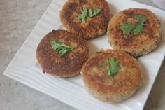 Super delicious little tangy and crispy dahi kabab. It is a different take on your regular kabab and taste so much better with some mint or tamarind chutney Cutlets Recipes, Kebab Recipes, Burger Recipes, Vegetable Burger Recipe, Veg Burgers Recipe, Curd Recipe Indian, Vegetable Cutlets, Perfect Chocolate Cake, Tamarind Chutney
