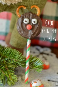 Quick and Funny DIY Reindeer Cookies! Reindeer Cookies, Oreo, Bliss, Christmas Ornaments, Holiday Decor, Cake, Funny, Desserts, Diy