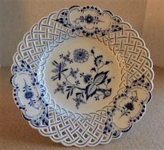 Meissen 'Blue Onion' Pattern Plate w/Reticulated Lattice Border