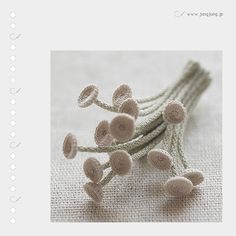 one of the gorgeously delicate crochet artworks from the japanese site jungjung