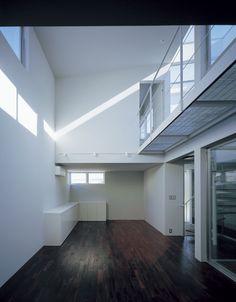NOIR ++ APOLLO Architects & Associates