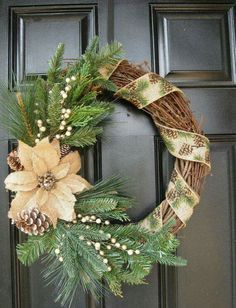 Magnificient Rustic Christmas Decorations And Wreaths Ideas 01 - Aksa. Decoration Christmas, Noel Christmas, Rustic Christmas, Xmas Decorations, Christmas Ornaments, Christmas Music, Holiday Decorating, Wreath Crafts, Diy Wreath