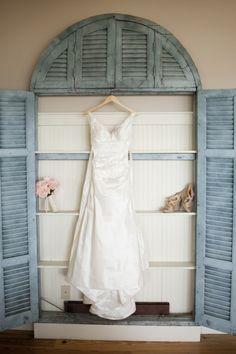 Now Trending: Dusty Blue - Vintage Inspired Wedding Details