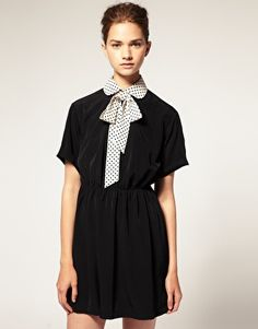 Bow Dress With Spot Collar
