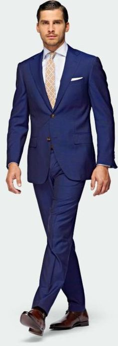 I love the elegant blue suit! #fashion #wearing