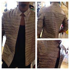 [ ⁂ Nouveauté #clvii ⁂ ] Sur-Chemise en cuir embossé croco gris faite sur mesure