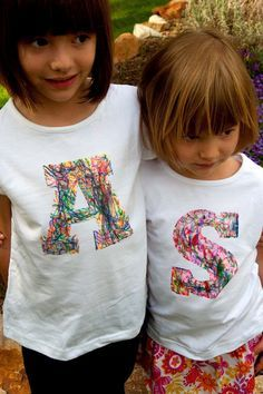 Aesthetic Nest: Craft: Scribble Initial T-Shirt (Tutorial) - 'Stained by Sharpie' fabric markers