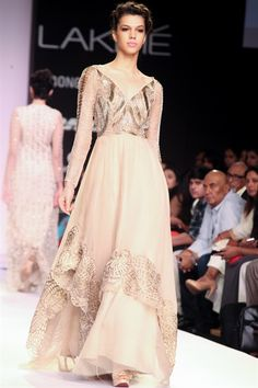 Monica & Karishma's Dreamy JADE Collection {Lakme Fashion Week 2014} - Gallery - TheBigFatIndianWedding.com #indianfashion