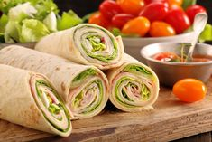 Inšpirácie na dobroty do vašej kuchyne. Lunch Wraps, Fajitas, Fresh Rolls, Sandwiches, Food And Drink, Healthy Recipes, Healthy Food, Snacks, Cooking