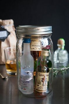 Groomsmen Gifts: Minibar in a Jar – My Wedding Reception Ideas Groomsmen Gifts: Minibar in a Jar Take a look at some of the prettiest wedding reception drink stations from real weddings and get inspired to detail your soft beverage offerings Bridesmaids And Groomsmen, Bridesmaid Gifts, Cowboy Groomsmen, Country Groomsmen, Rustic Groomsmen Attire, Groomsmen Boxes, Blue Groomsmen, Groomsmen Suspenders, Groomsmen Boutonniere