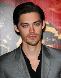 Pictures & Photos of Tom Payne