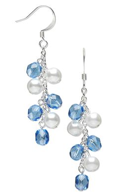 Aretes con perlas blancas y celestes