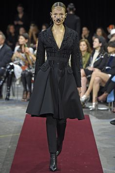 LOOK | 2015-16 FW PARIS COLLECTION | GIVENCHY BY RICCARDO TISCI | COLLECTION | WWD JAPAN.COM