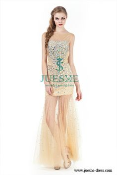 our online shop  www.jueshe-dress.com  has 3,000 fashional gowns for choosing , find your perfect gown fit you best!  Christmas Sale , big discount , supply custom-made service!