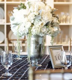 Brass and Linen: Weddings: Classic Black and White
