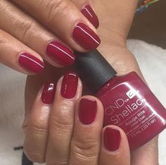 Cnd Shellac Neue Gel Lack 73 ml Rouge Rite Red Shellac Nails, Gel Manicure, Uv Lack, Gel Nail Colors, Cnd Shellac Colors 2018, Nagel Hacks, Burgundy Nails, Nagel Gel, Beauty Nails