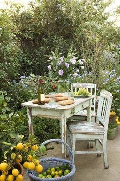 outdoor living - apple - lemon - chair - table - green - garden IrvineHomeBlog.com༺ ༻ #Irvine #RealEstate