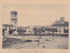 séc XIX, c.1880s,  Largo Hintze Ribeiro, Ribeira Grande, Ilha de São Miguel   Câmara Municipal à esquerda e Igreja Matriz à direita.