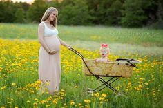 keelielipscomb.com #expecting #family #baby #photographer #maternity #babybump #bigsister