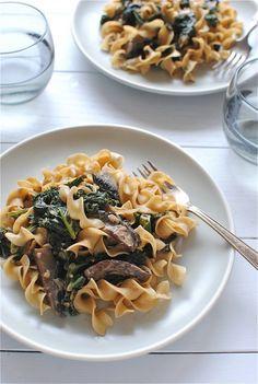 Portobello Mushroom & Kale Stroganoff (vegan sour cream and non egg noodles!)