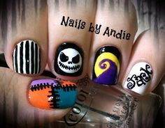 Nightmare Before Christmas nails. This would be perfect for you Teara! :)