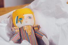 """131 Me gusta, 9 comentarios - Mandarinas de Tela (@mandarinasdetela) en Instagram: """"Mañanas día de correo! 💌 y último día para encargar sus #mandarinasdetela  para navidad, Bowies,…"""""""