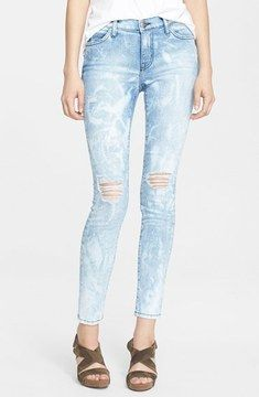 so cute -- Current/Elliott 'The Stiletto' Destroyed Skinny Jeans (City Bleach Destroy)  -- http://www.hagglekat.com/currentelliott-the-stiletto-destroyed-skinny-jeans-city-bleach-destroy/