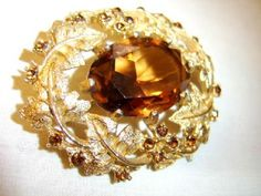 Vintage Gold Tone Leaf Amber Brown Rhinestone Brooch Sarah Coventry