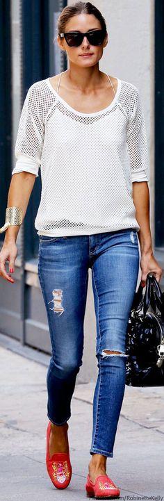 Olivia Palermo perfecta en otro color de las tendencias primavera 2013 el Blanco ¿Les gusta su outfit look?    17      1