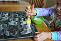 """We have been talking about toddler schedules over in our Toddler Approved Positive Parenting Zone . Today I'm going to share my """"perfect"""" s..."""
