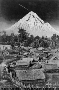 View of a comet in the sky above Mt Taranaki (Egmont) and Parihaka, taken 4 October by Thomas S Muir. Identification of photographer from re. Nz History, History Online, Family History, Maori People, Maori Designs, New Zealand Art, Maori Art, Kiwiana, Papua New Guinea