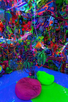 """artruby: """"Kenny Scharf, Cosmic Closet Installation view part of Club now at MoMA. Neon Aesthetic, Aesthetic Rooms, Andy Warhol, Kenny Scharf, Indie Room Decor, Neon Room, Neon Party, Room Ideas Bedroom, Psychedelic Art"""