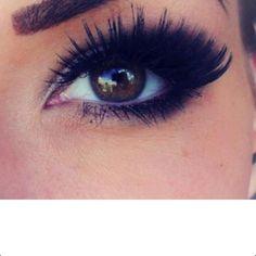 Big lashes!