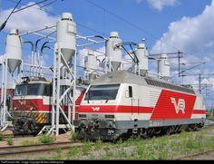 RailPictures.Net Photo: 3049, 3234 Finnish Railways Sr1 and Sr2 at Tampere (Rantaperkiö), Finland by Ilkka lahdenpohja