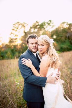 Photography: Once Like A Spark - www.oncelikeaspark.com  Read More: http://www.stylemepretty.com/2014/08/15/rustic-elegance-at-the-vinewood-plantation/