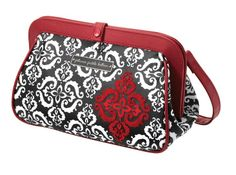 Petunia Pickle Bottom - Cross Town Clutch - this is a diaper bag/changer.