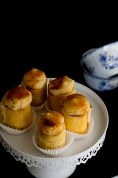 Spanish Desserts, Tapas Restaurant, Muffins, Cooking Cake, Mini Pies, Take The Cake, Sweet And Salty, Yummy Snacks, Gastronomia