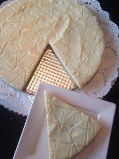 One minute - no bake - citroentaart Dutch Recipes, Sweet Recipes, Baking Recipes, Cake Recipes, Dessert Recipes, Pie Cake, No Bake Cake, Delicious Desserts, Yummy Food