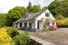 Stunning 5 bedroom detached house for sale in Hollinfield