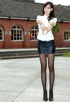 Black leather pencil skirt, Leather pencil skirts and Bla...