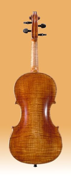 """The """"Plowden"""" represents Guarneri's middle period, the most recognizable and imitated since the 19th century."""