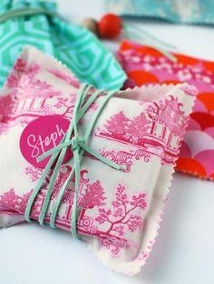 Stylish DIY Gift Wrap Shortcuts
