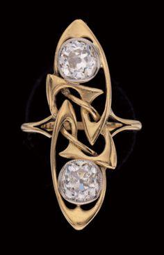 ARCHIBALD KNOX Liberty , Co Art Nouveau Ring Gold Diamond British, Renaissance Fine Jewelry adores this beautiful jewel! For fine antique jewelry visit us at 151 Main St. Art Nouveau Ring, Bijoux Art Nouveau, Art Nouveau Jewelry, Or Antique, Antique Rings, Antique Jewelry, Vintage Jewelry, Jewelry Crafts, Jewelry Art