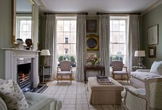 NOTTING HILL HOUSE - London Interior Designer Melissa Wyndham